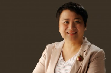 Ms. Leonie Chung